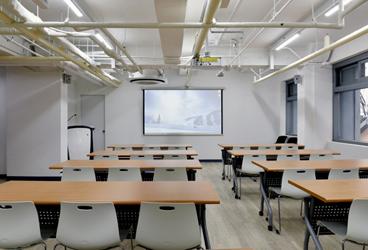 교육관 - 역사와 만나는 교육공간