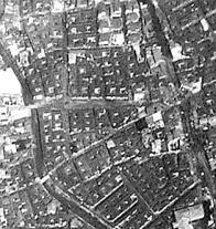 항공사진에서 보이는 김상옥로와 충신시장길의 교차점(1962)