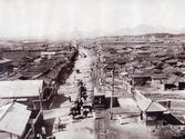 1911년 동대문 문루에서 본  연지동·효제동