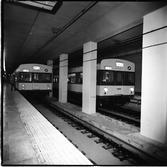 개통을 앞둔 지하철의 시운전
